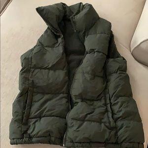 Puffy vest